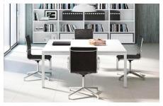 Arredamento Ufficio Scrivania Tavoli : Arredo ufficio scrivanie e tavoli riunione furlani