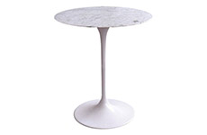 saarinen e57t side table