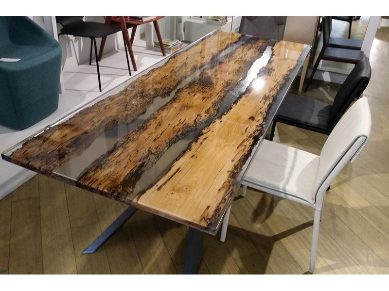 Tavoli tavolo spyder piano rovere vecchio e resina - Resina per mobili ...