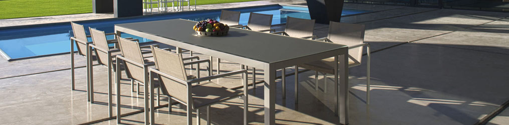 OUTDOOR FURNITURE - Jump TJ4 Table stackable
