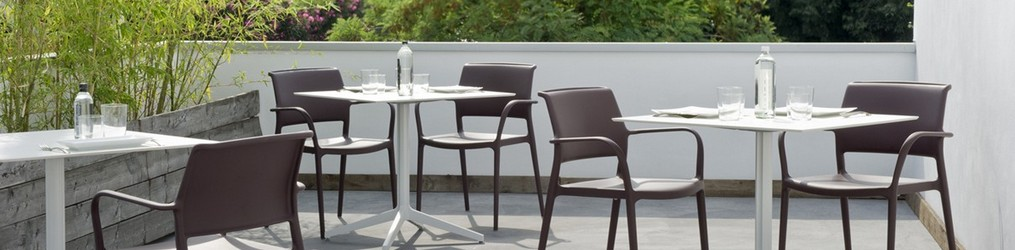 Polypropylene and Synthetic Wicker Chairs, Armchairs and Tables